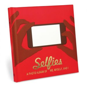 Selfies   A Photo Album of Me, Myself, and I - Gift Ideas For Your Girlfriend